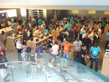 Customers in line at New York City Apple store