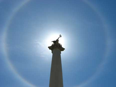 Halo around a statue