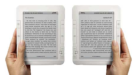 2 hands holding ebook readers