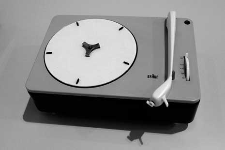 Braun PC 3-SV Record Player (1953) Dieter Rams co-designer