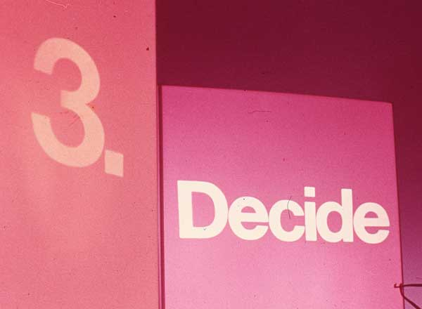 1975 IBM Slide Presentation - Decide