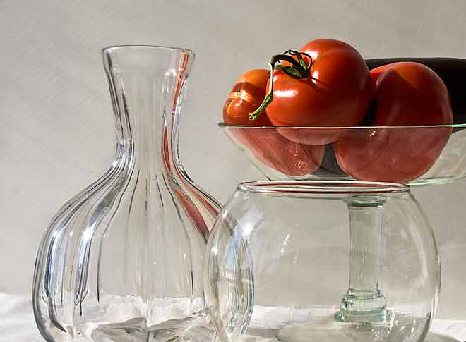 Transparent bowls and vase