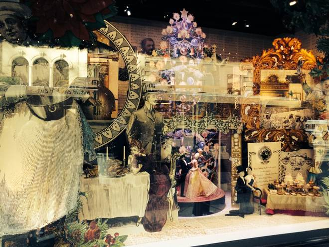 Lord and Taylor's window decoration
