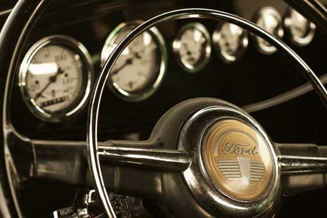 Steering wheel fron an old Ford