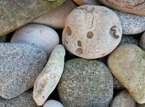 Stones as an anthropomorphic form