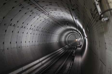 Concrete tunnel, Nihon Oodori, Minato Mirai Line, Yokohama, Japan