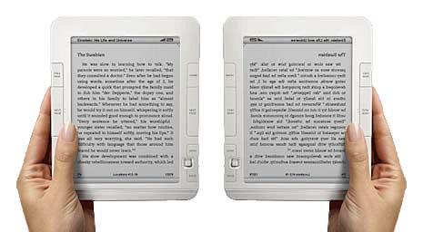 2 hands holding ebook readers