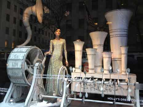 Sak's 5th Avenue Christmas window