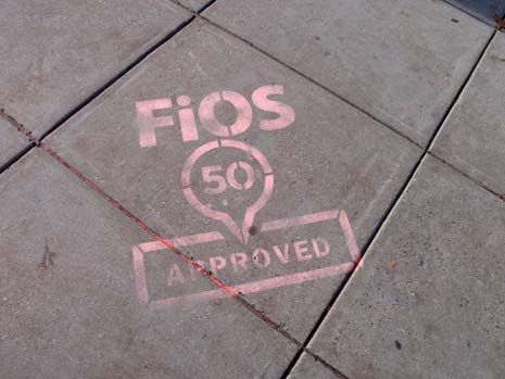 FiOS ad in chalk on the sidewalk