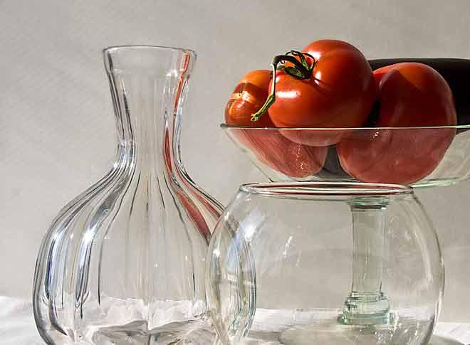 Transparent bowls and vase